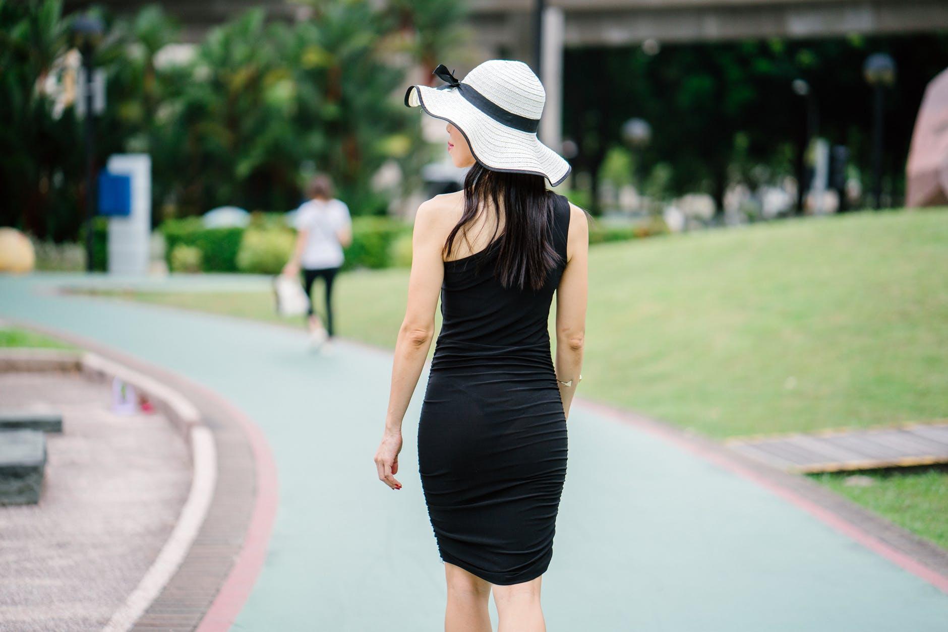 stylish black dress for winter