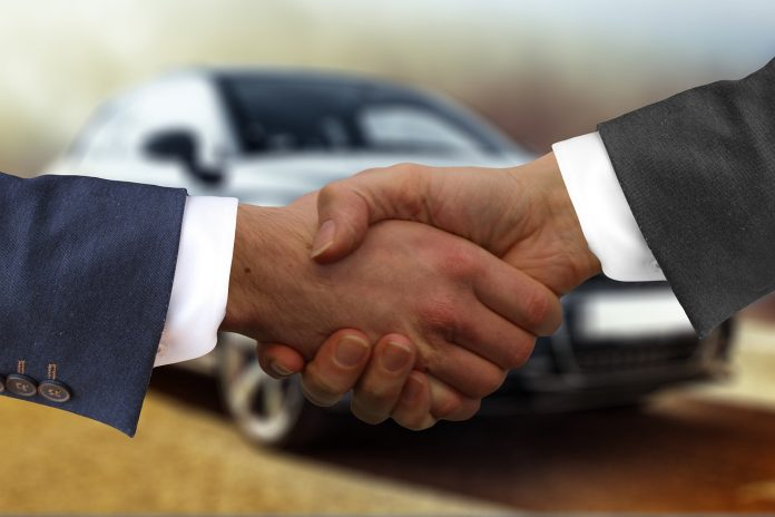 car-dealership-apps-carwow-and-wizzle-merge